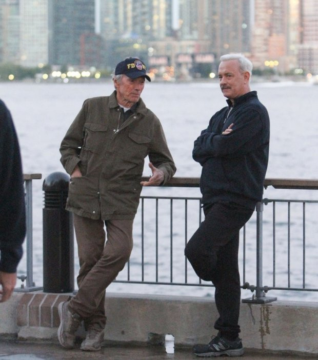 Clint Eastwood i Tom Hanks na planie filmu