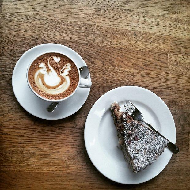 Kawa bez ciasta? Phi! (fot. Olaszka)