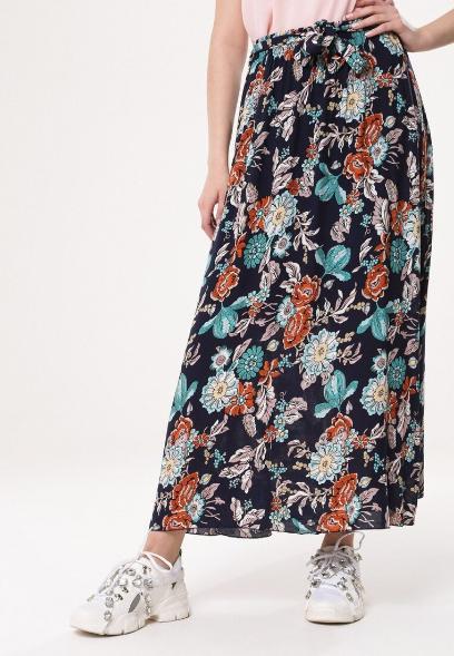 Wszystkie nowe Długie spódnice na wiosnę i lato - sprawdź, jakie modele warto wybrać HV78