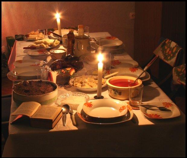 Czy przy waszym stole wigilijnym zostawiacie puste miejsce? (www.wikipedia.org)