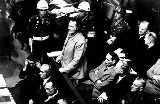 Oskarżony Goering stwierdza, że jest niewinny (fot. AP)