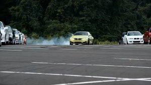 Wideo   BMW M4   Inicjacja