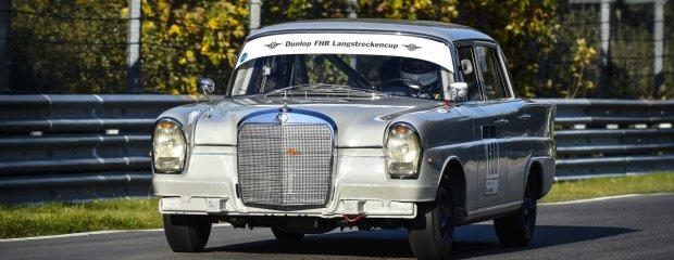 Mercedesem 220 SE po Nurburgringu   Zielone piekło sprzed lat
