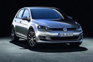 Volkswagen Golf Samochodem Roku 2013