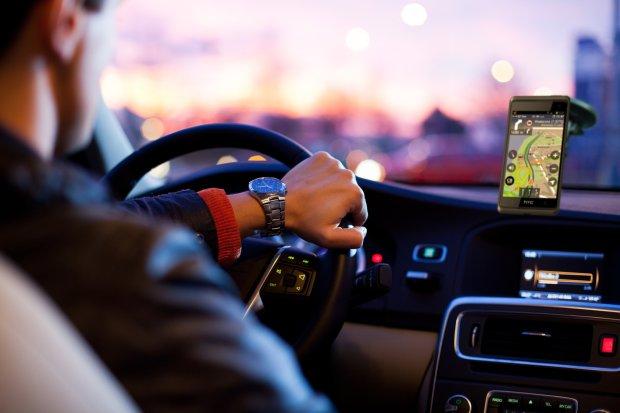 Do celu za darmo | Najlepsze bezpłatne nawigacje samochodowe