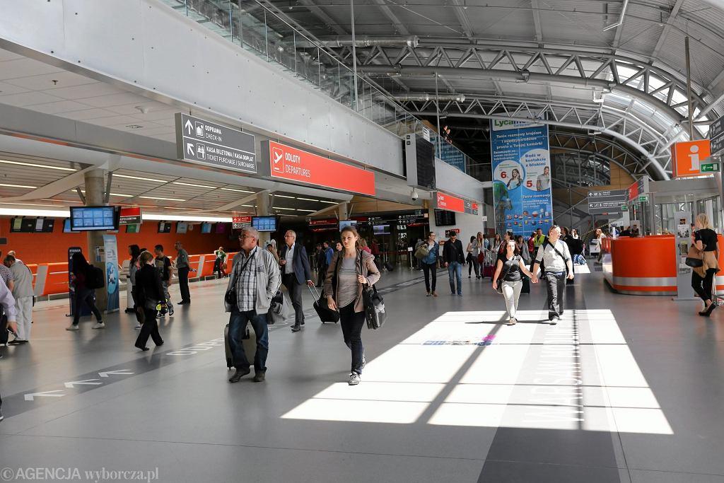 Lotnisko Modlin (fot. Franciszek Mazur/AG)