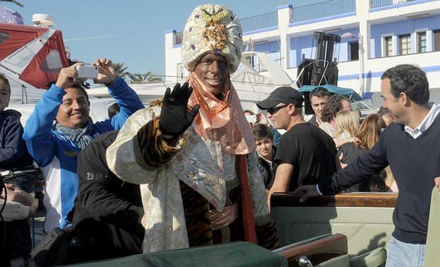 Ruud Van Nistelrooy attends the 'Parade of the Three Kings' dressed as Belshazzar, King of Babylon. Along with the two other 'Kings', Van Nistelrooy met with locals and visited a hospital where he gave gifts to staff and handed out sweets to children.  Featuring: Ruud Van Nistelrooy Where: Marbella, Spain When: 05 Jan 2013 Credit: WENN.com  **Only Available for publication in the UK**