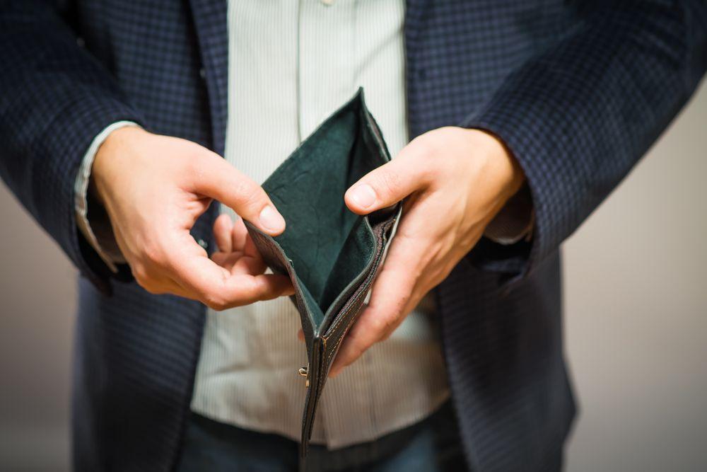 Polakom trudno jest się przyznać do swojego realnego statusu społecznego (fot.Shutterstock.com)