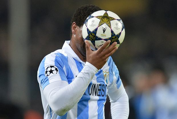 Malaga's Eliseu from Portugal reacts at the end of the Champions League quarterfinal second leg soccer match between Borussia Dortmund and Malaga CF in Dortmund, Germany, Tuesday, April 9, 2013. (AP Photo/Martin Meissner)
