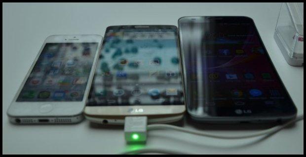 Smartfon i dwa phablety