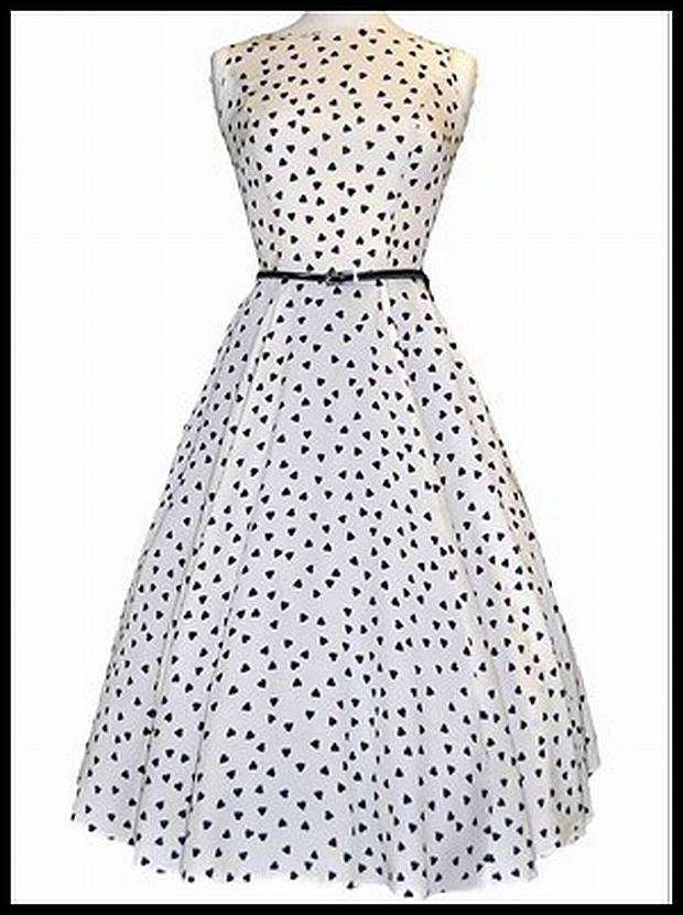 White with Pretty Black Hearts Hepburn