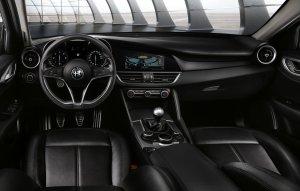 Salon Genewa 2016 | Alfa Romeo Giulia bez koniczyny