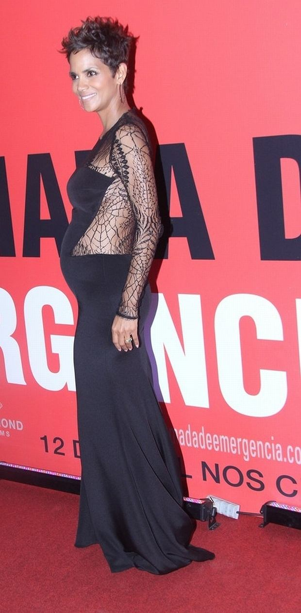 Halle Berry at the 'Emergency Call' premiere in Cine Leblon, Rio de Janeiro.  Pictured: Halle Berry
