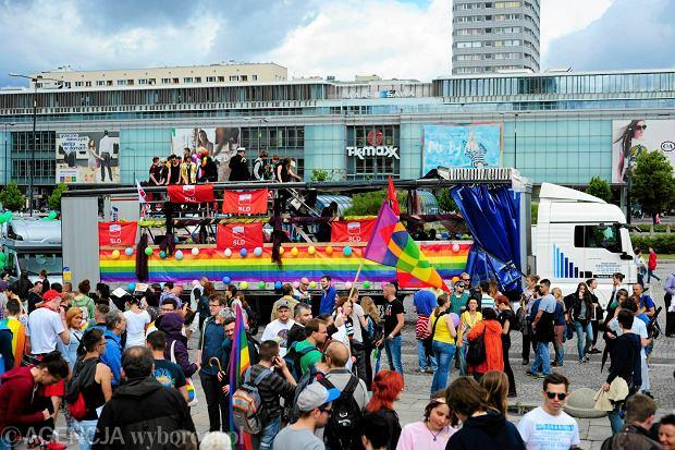 14.06.2014 Warszawa . Parada rownosci 2014 . Fot. Adam Stepien / Agencja Gazeta SLOWA KLUCZOWE: parada rownosci homoseksualista gej lesbijka manifestacja
