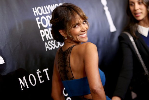 Halle Berry arrives at The Hollywood Foreign Press Association's Annual Grants Banquet at the Beverly Wilshire hotel on Thursday, Aug. 13, 2015, in Beverly Hills, Calif. (Photo by John Salangsang/Invision/AP)