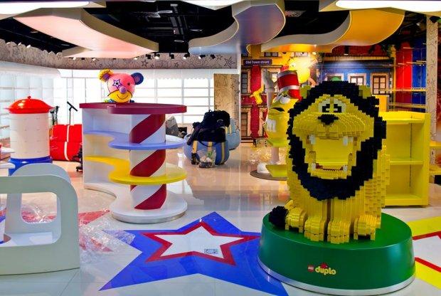 Sklep dla dzieci w nowej części terminala na Lotnisku Chopina