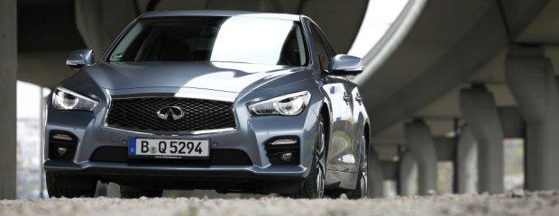 Infiniti Q50S Hybrid AWD | Test | Podgryźć Niemców