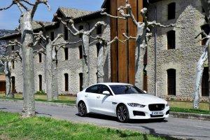 Jaguar XE   Pierwsza jazda   Sedan ostatniej szansy
