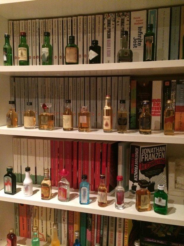 Książki najlepiej połączyć z alkoholem (fot. Kinga Burger)