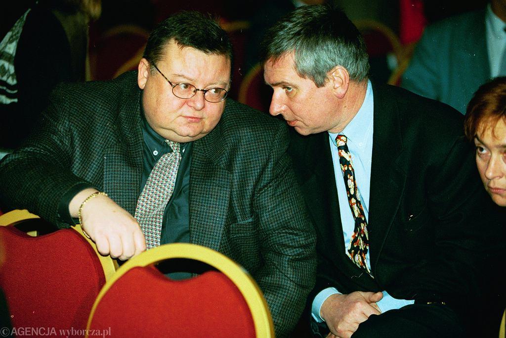 Minęło już 20 lat. Wojciech Mann i Krzysztof Materna podczas gali wręczania Wiktorów '95 (fot. Sławomir Kamiński / Agencja Gazeta) Fot. Slawomir Kaminski / Agencja Gaze