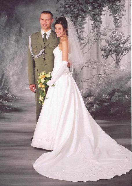 Bardzo dobra Suknia ślubna z KRYSZTAŁAMI SWAROVSKIEGO - Ślub i Wesele - Forum II23